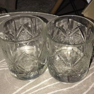Deward's The World's Most Awarded Scotch glasses